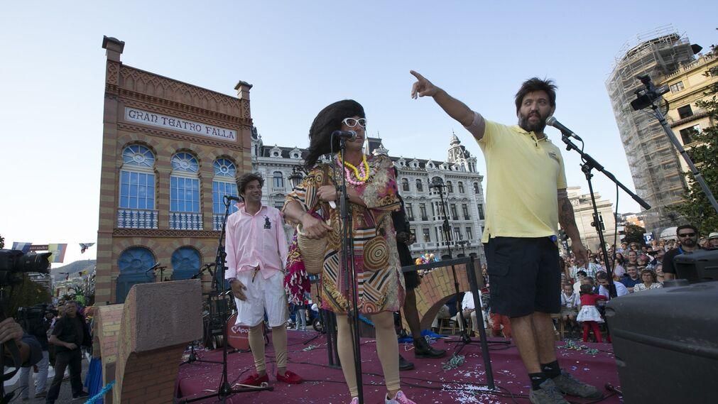 El Carnaval de Cádiz triunfa en Oviedo