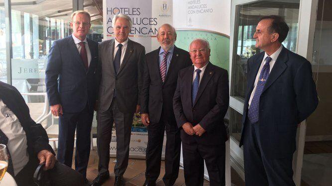 Stefan de Clerck, Agustín Muñoz, Fernando Blanco, Fernando Lepiani y Antonio Ramírez.
