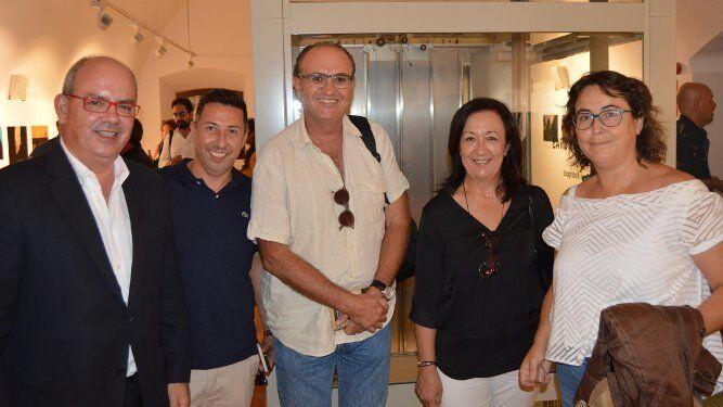 Javier Sánchez Rojas, Fernando Gómez Leal, Ignacio González Dorao, Mercedes Crespo y Arancha Morales coincidieron en la apertura de la exposición.