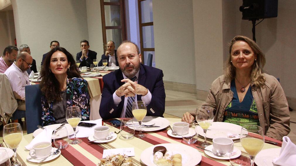 Marian López, Benjamín Sánchez y María Luisa Castro.