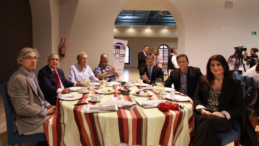 Miguel Ramos, Miguel Urraca, Julio Terrón, José Ramón Zamora, Antonio Villanueva, Javier Senese e Isabel Pérez.