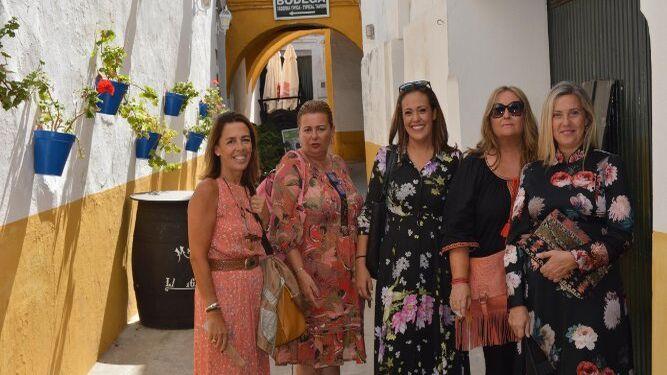 Rocío Ortega, Manena Otaolaurruchi, María del Carmen Bornay, Chica Hidalgo y María del Carmen Pérez.