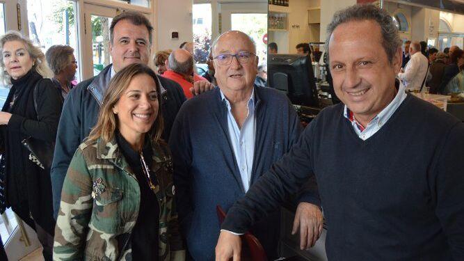 Gema Rodríguez Téllez, Joaquín Mora y Manolo Amaya con su hijo Pepe.
