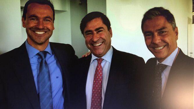 Mikel Bollar, Fernando Estrella y Juan Bermudo.