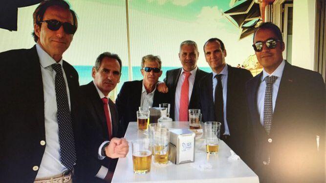 Jorge Quijano, Tino García Olmo, Javier Aquaroni, Luis Posada, Alfonso Mas y Felipe Castro coincidieron en el festejo.
