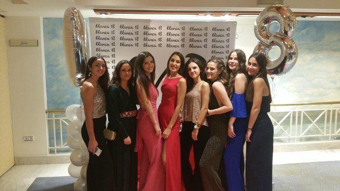 Chusa Marín, Aurora Moreno, Marta Moldes, Blanca Ponce, Cecilia Arenas, Paula Azagra, Lola Gutiérrez y Ana Rodrigo.
