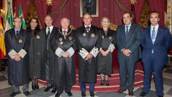 Pedro Jesús Campoy, María del Carmen Pérez Sibón, Lino Román, José Blas Fernández, Manuel Estrella, Begoña Rodríguez, David Fernández y Rafael Rueda.