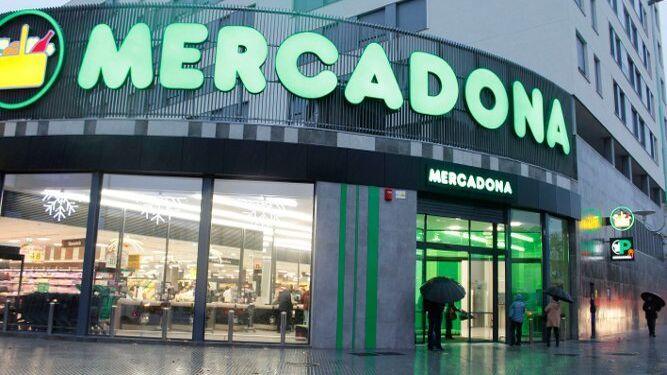 Exterior de la nueva superficie de Mercadona en la ciudad.
