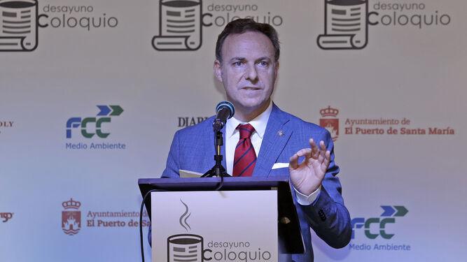 El alcalde de El Puerto, David de la Encina, durante su intervención.
