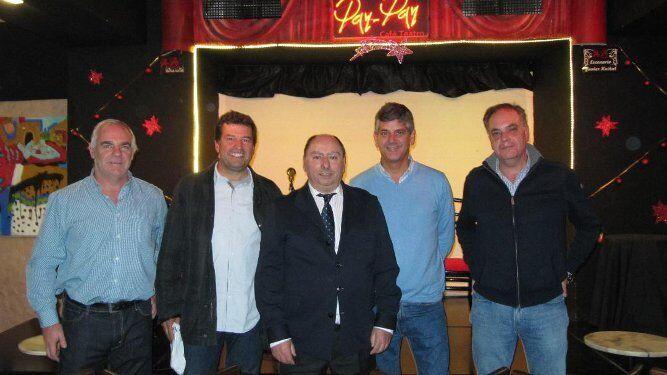 Juan Antonio Escuin, Javier Pellicer, Julio Molina Font, Carlos López y Alberto García, tras la presentación.