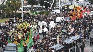 Imágenes de la Cabalgata de Reyes Magos en Cádiz