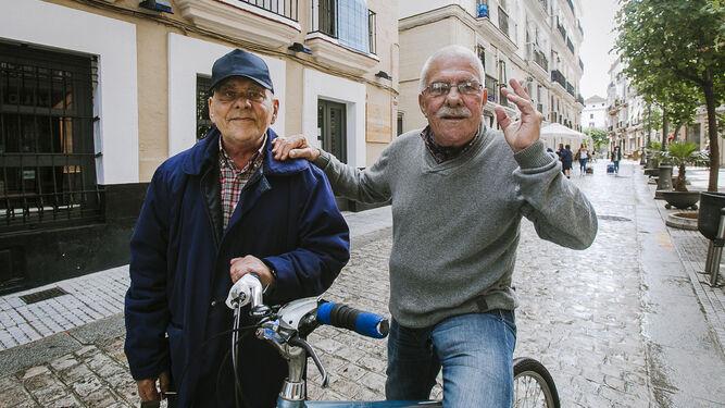 Pepe Scapachini junto a su hermano Paco