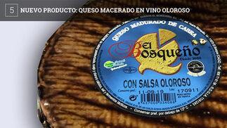 La quesería El Bosqueño de El Bosque acaba de lanzar al mercado un nuevo tipo de queso madurado de cabra, con salsa de oloroso. No es la primera vez que la quesería recurre a bebidas para dar un sabor especial a sus productos.