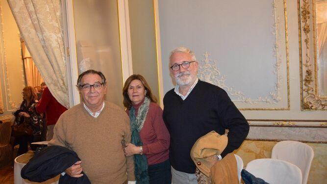 Javier Delgado Lallemand, Begoña Aguirregomezcorta y Pepe Bejerano.