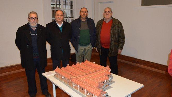 José Pichardo, Juan Quiñones, Juan José Pichaco y Francisco Mandado, durante la inauguración de la muestra.