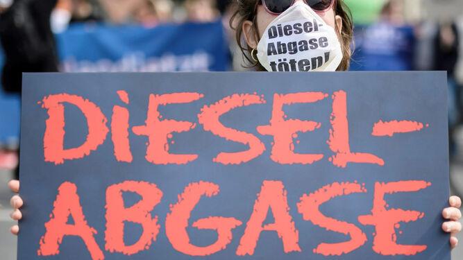 Científicos alemanes hicieron pruebas en humanos sobre los efectos del diésel