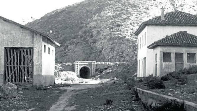 1943 hace 75 añosAsamblea para el ferrocarril de Jerez a Almargen