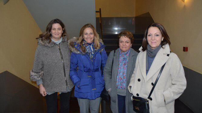 Clara Sánchez de Lamadrid, Rocío O´Neale, Mariola Sánchez - Cossío y Lula Velarde.