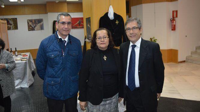 Juan Manuel Gil, Isa Montes y Emilio Bienvenido.
