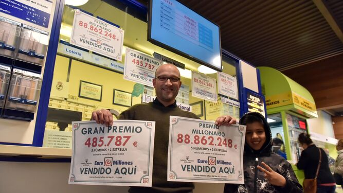 ACTUALIDAD DE LOTERÍAS Y FÚTBOL - Página 5 Responsable-administracion-loterias-carteles-acreditan_1221788254_81275130_667x375
