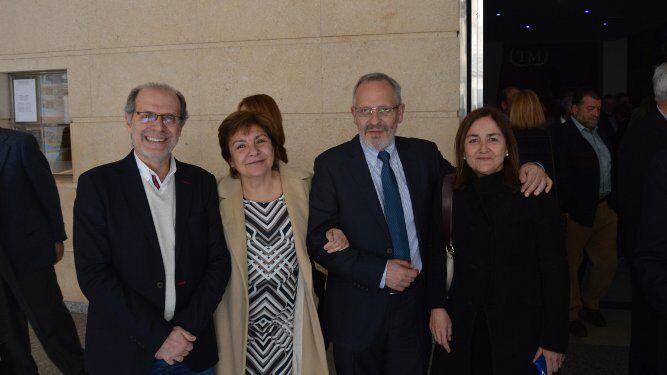 Choni Martín, Concha Sánchez, el galardonado Jaime Martínez  Montero y Maite López Cano.