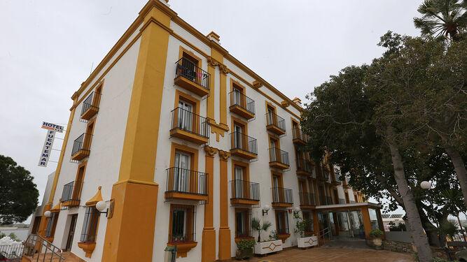 Vista del establecimiento hotelero donde desde ayer ya se imparten los cursos.