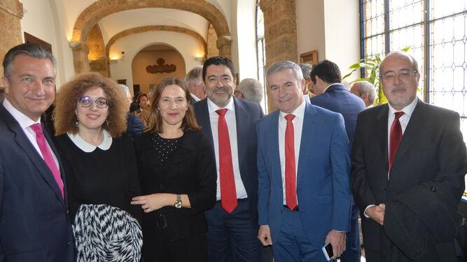 Eduardo García, Pepa Pacheco, Lourdes Acosta, Javier Benítez, Fernando García y Joaquín Guirval.