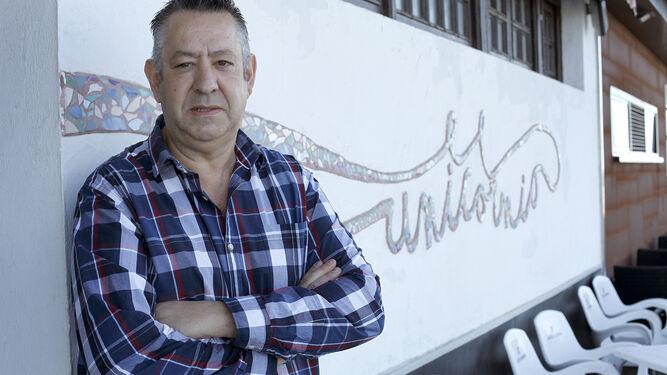"""Pablo Ramos Sánchezpropietario del bar café unicornio""""Es más importante ganar un cliente que ganar dinero"""""""