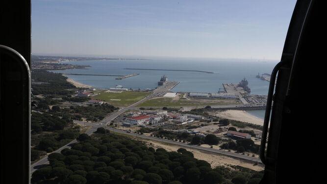 La Base Naval de Rota vista desde un helicóptero.