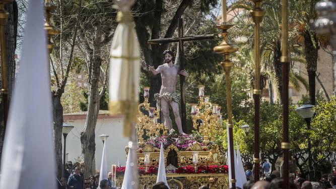 El Resucitado a su paso por el Parque, en los últimos momentos de la Semana Santa isleña.