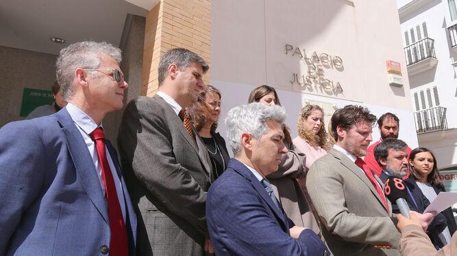 Concentración de jueces y fiscales en Algeciras.