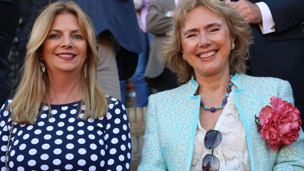 La ganadera Silvia Camacho y la doctora María Luisa Mariño