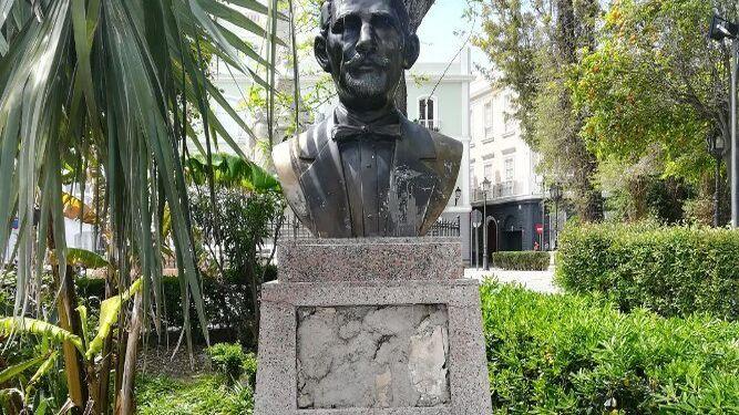El busto de Juan Pablo Duarte, sin la placa.
