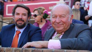 Don Álvaro Domecq en compañía de Miguel Sel