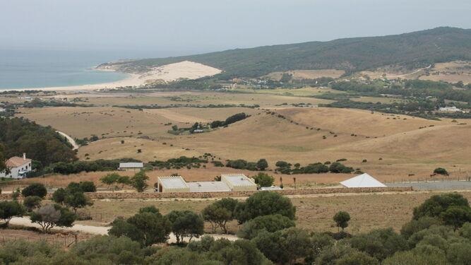 Vista general del terreno de Valdevaqueros, en Tarifa, donde se pretendía ejecutar este proyecto.