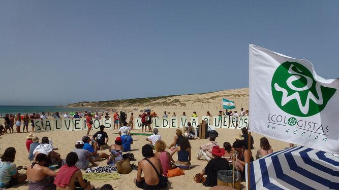 Una de las protestas de entidades ecologistas.