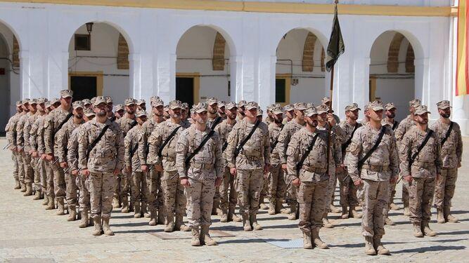 La fuerza expedicionaria, en formación.
