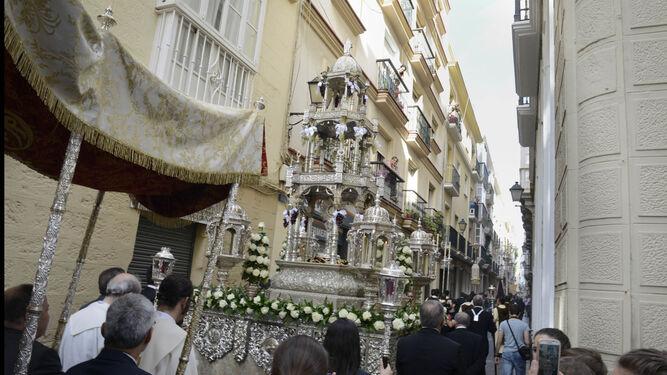 La Custodia del Santísimo de la cofradía del Prendimiento, que este año no procesionará por el Mentidero.