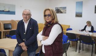 Roberto Suárez y Mari Pepa Rodríguez Castañeda, en la nueva Unidad de Memoria de la calle Santo Entierro.