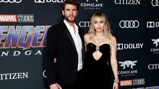 <p>Liam Hemsworth y Miley Cyrus</p>