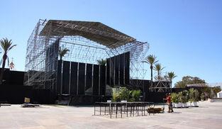Vista del escenario donde se celebrará esta noche el primero de los conciertos.