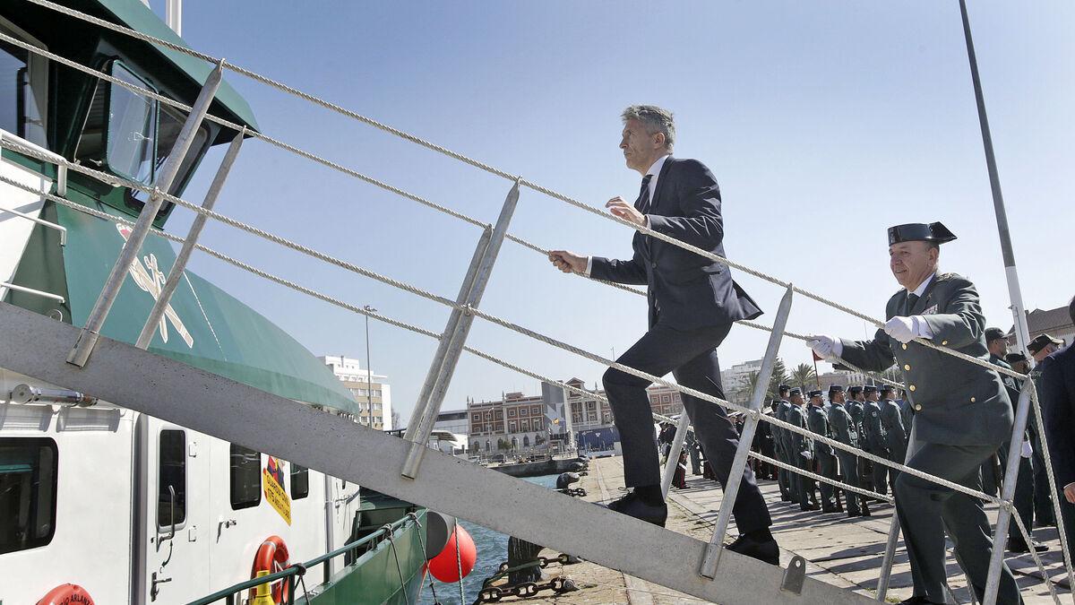 Un buque todoterreno para Cádiz