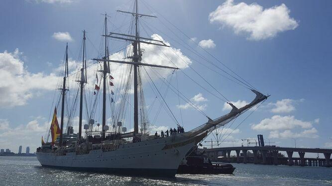 El 'Juan Sebastián de Elcano'.