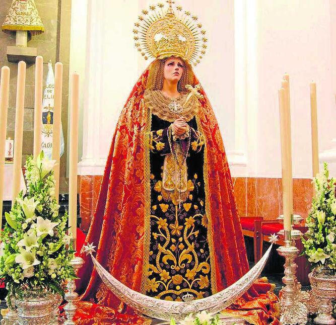 La imagen de Ana Rey, cuando fue expuesta al culto en Cádiz.